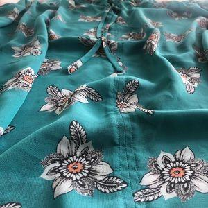 LOFT Outlet Tops - LOFT floral blouse with ruffle necktie size L